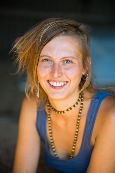 Anja-Portrait-02-K-400